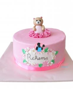 Babyshower taart beertje met ruffles 10 personen